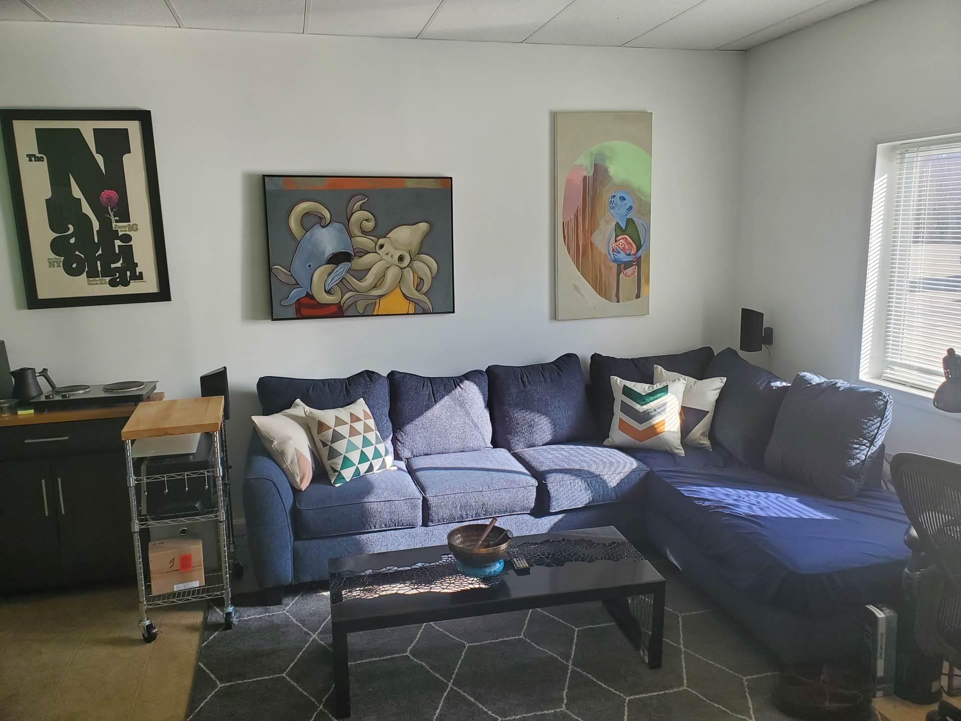 AirSkirts Lounge Area